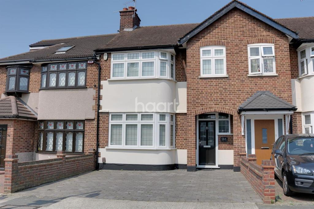 3 Bedrooms Terraced House for sale in Stanley Avenue, Gidea Park