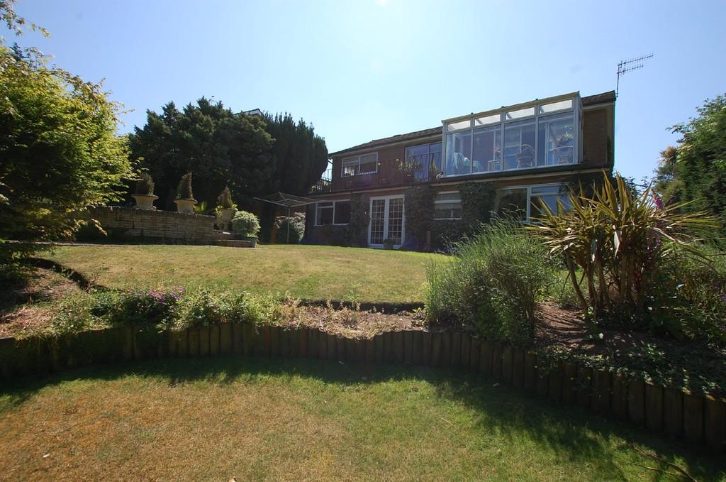 3 Bedrooms Detached House for sale in Compit Hills, Cromer