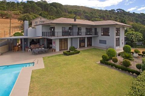 5 bedroom house  - 5 Bedroom House, Paarl, Western Cape