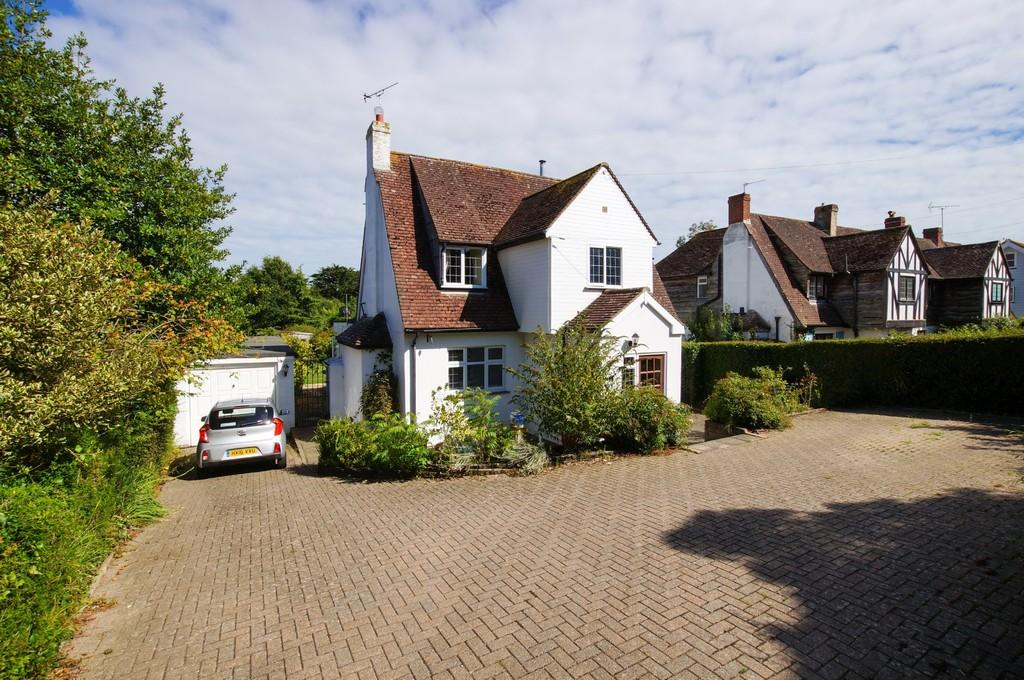 3 Bedrooms Detached House for sale in Itchenor, nr Chichester