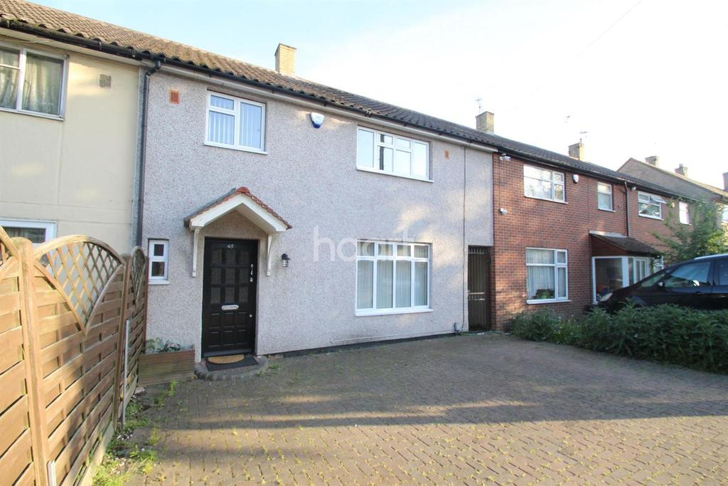 4 Bedrooms Terraced House for sale in Hailsham Road, Harold Hill