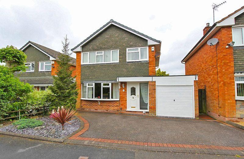 3 Bedrooms House for sale in Bude Road, Park Hall, Walsall