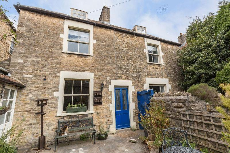 3 Bedrooms Semi Detached House for sale in Sun Street, Frome