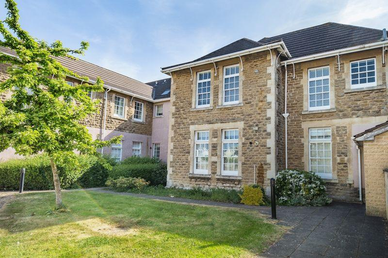 2 Bedrooms Apartment Flat for sale in Green Lane, Frome