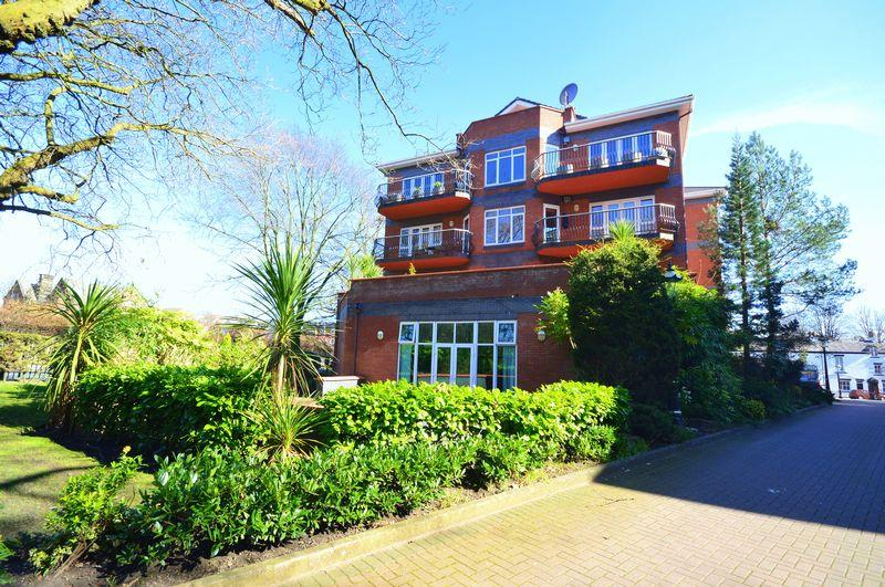 4 Bedrooms Apartment Flat for sale in Mossley Hill Drive, Sefton Park