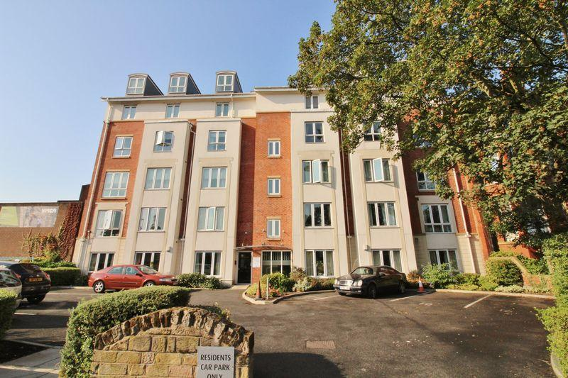 2 Bedrooms Apartment Flat for sale in The Academy , Manchester Road, Southport