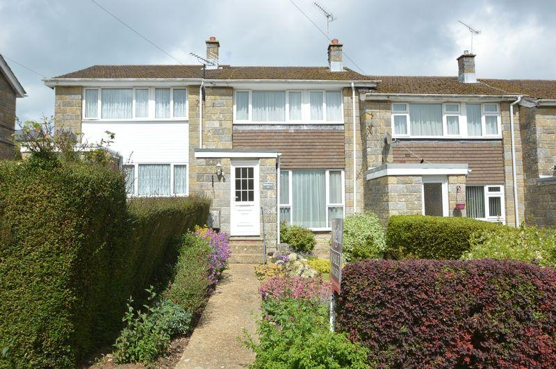 3 Bedrooms Terraced House for sale in HAYLANDS, RYDE