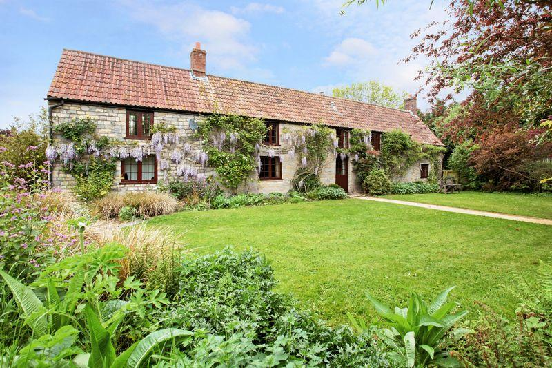 5 Bedrooms Detached House for sale in Glebe Farm, Robins Lane, Burtle, Somerset, TA7 8NT