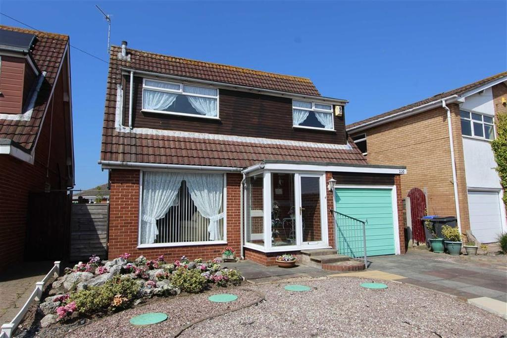 3 Bedrooms Detached House for sale in Cherry Tree Road, Blackpool, Lancashire