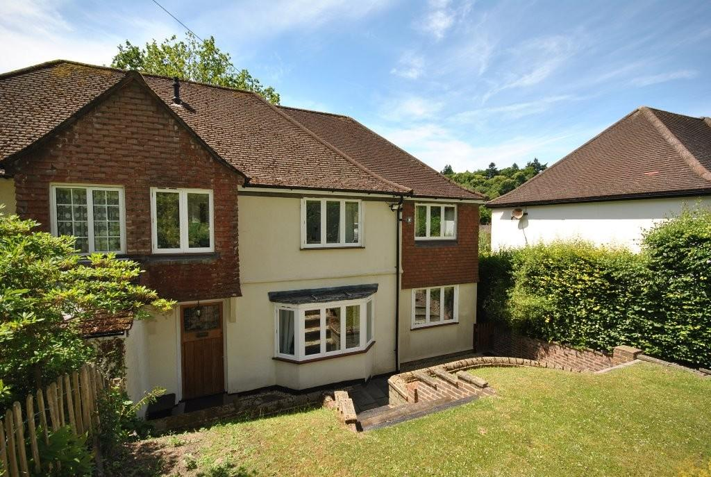4 Bedrooms Semi Detached House for sale in The Avenue, Haslemere, GU27