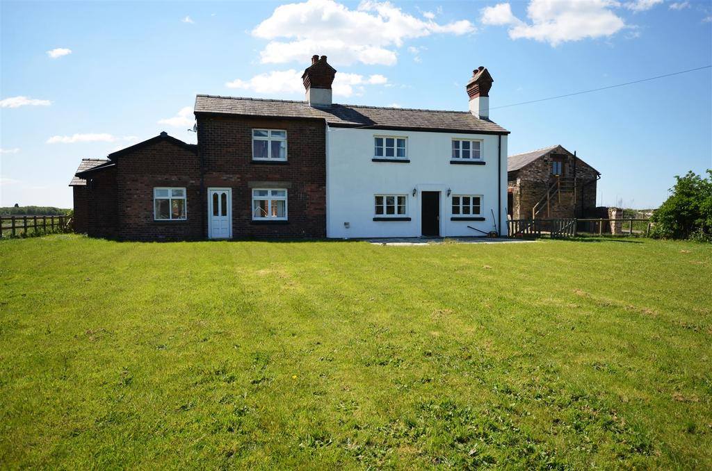 4 Bedrooms Detached House for sale in Parsons Brow, Rainford, St. Helens