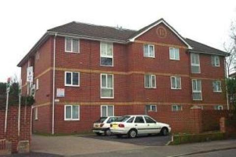 1 bedroom flat to rent - ONE BED - SPRING ROAD, SHOLING - UNFURN
