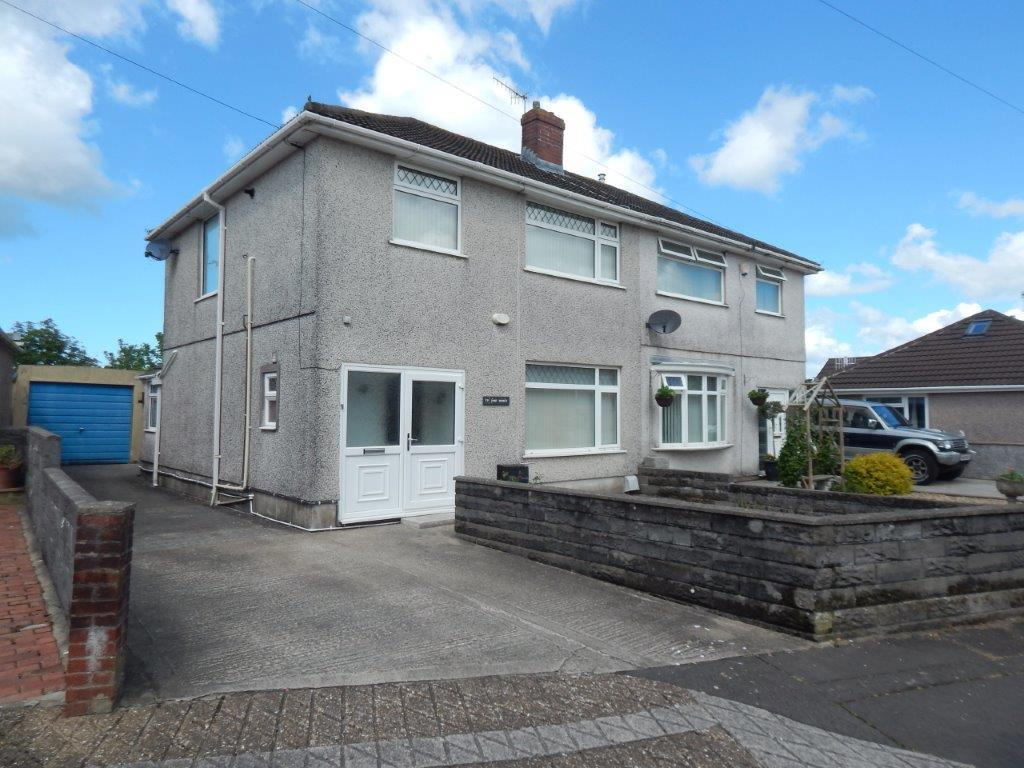 3 Bedrooms Semi Detached House for sale in Llewellyn Park Drive, Morriston, Swansea