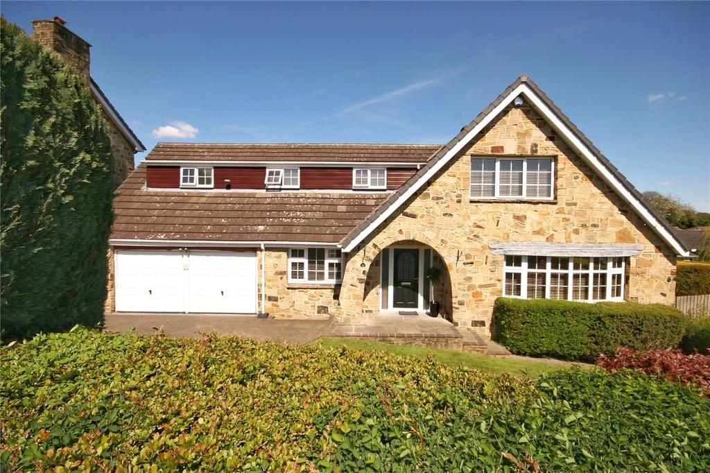 5 Bedrooms Detached House for sale in The Fairway, Fixby, HUDDERSFIELD, West Yorkshire, HD2