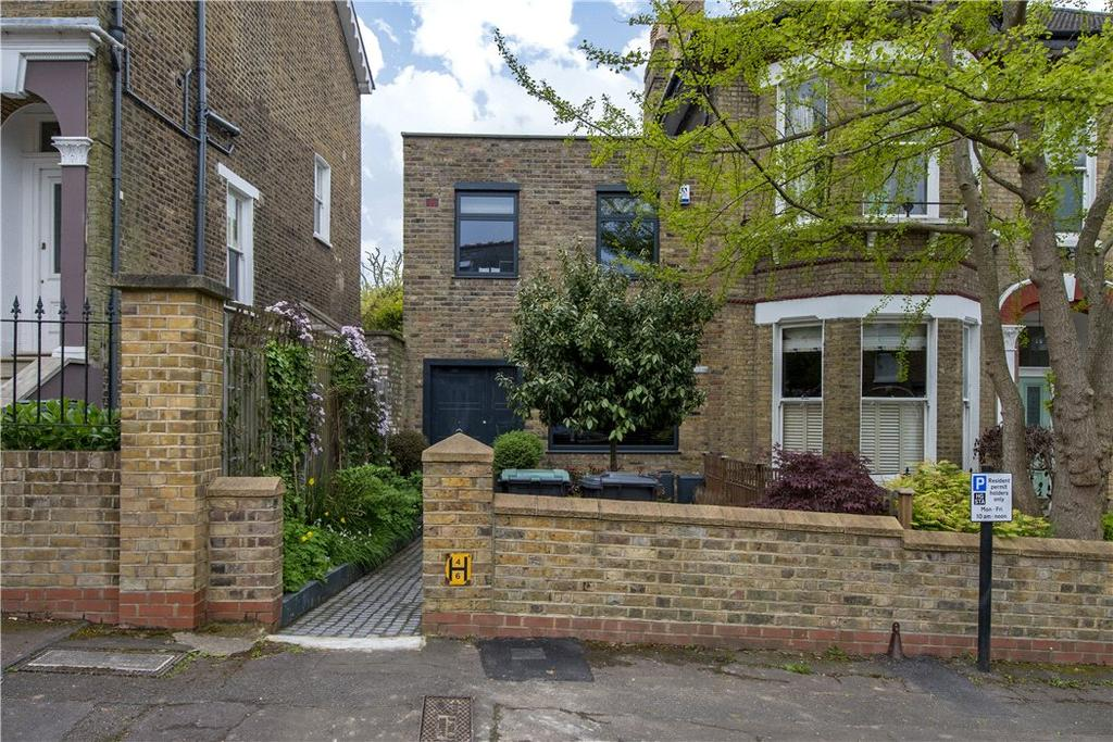 3 Bedrooms Semi Detached House for sale in Bloomfield Road, London, N6
