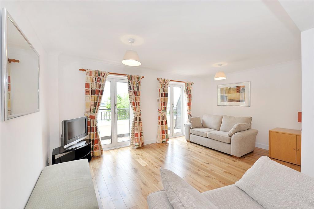 4 Bedrooms Terraced House for sale in Jamestown Way, London