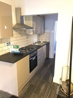 1 bedroom apartment to rent - Empire Road