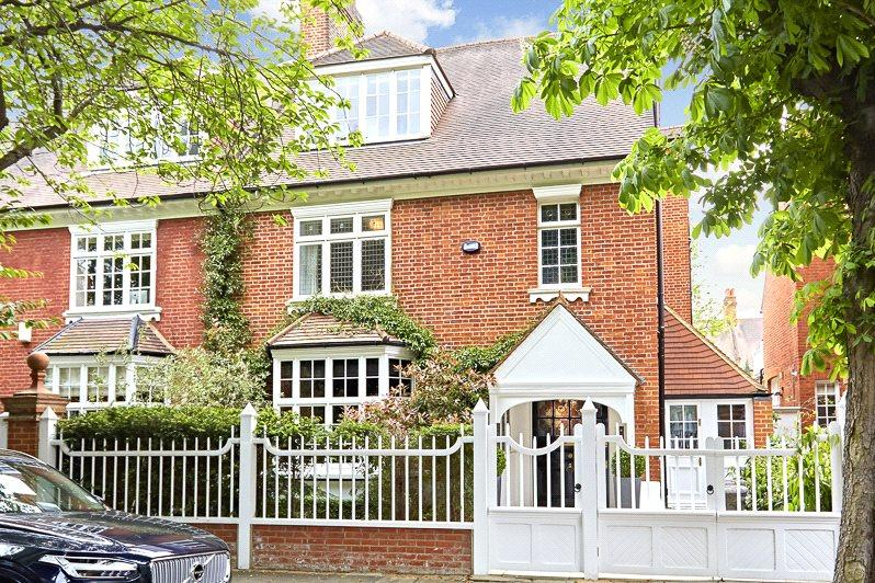 6 Bedrooms Semi Detached House for sale in Addison Grove, Chiswick, London, W4