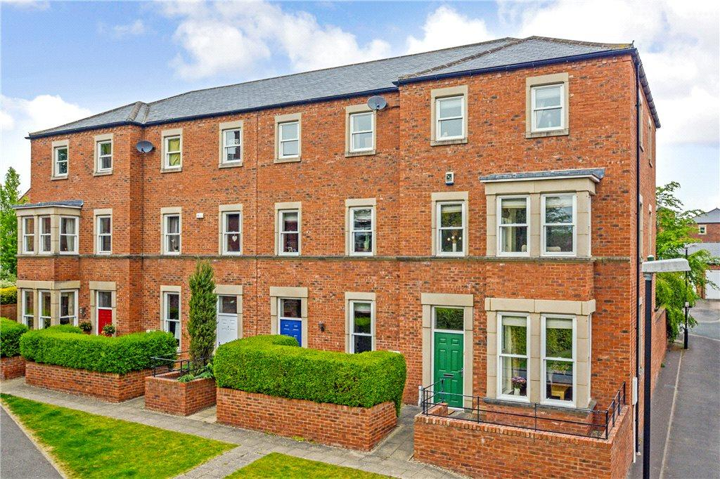 4 Bedrooms End Of Terrace House for sale in Thirlway Drive, Ripon, North Yorkshire