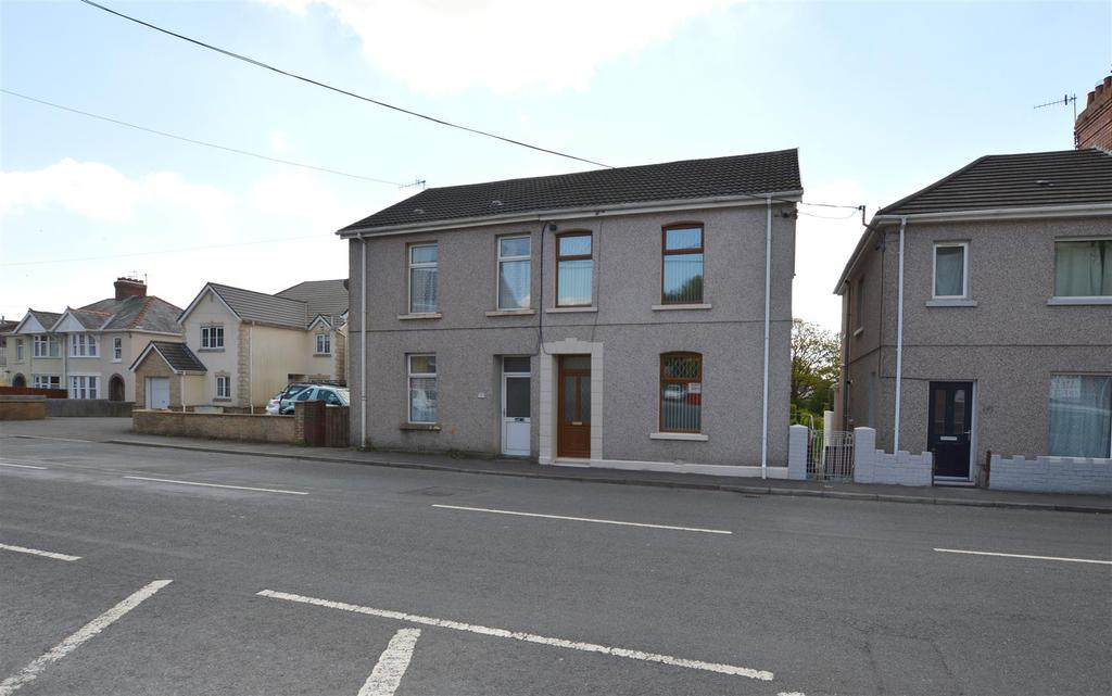 2 Bedrooms Semi Detached House for sale in Gwscwm Road, Burry Port