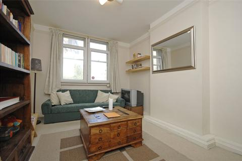 2 bedroom apartment to rent - Newman Street, Fitzrovia, London, W1T