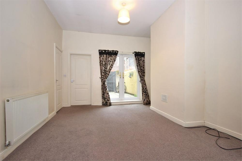 3 Bedrooms Terraced House for sale in Midland Street, WIDNES, Cheshire
