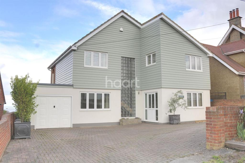 4 Bedrooms Detached House for sale in Southsea Avenue, Minster on Sea
