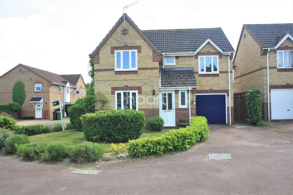 4 Bedrooms Detached House for sale in Bluebell Close, Thetford