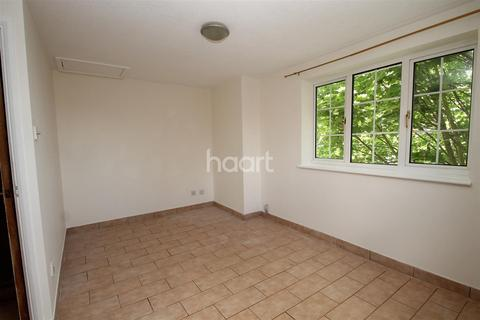 2 bedroom apartment to rent - Countess Road