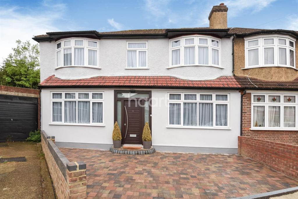 5 Bedrooms End Of Terrace House for sale in Cedars Road