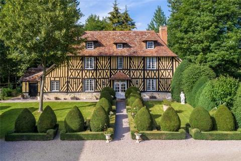 4 bedroom detached house  - Manor House, Cambremer, Normandy