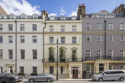 2 bedroom flat for sale - Hill Street, London, W1J
