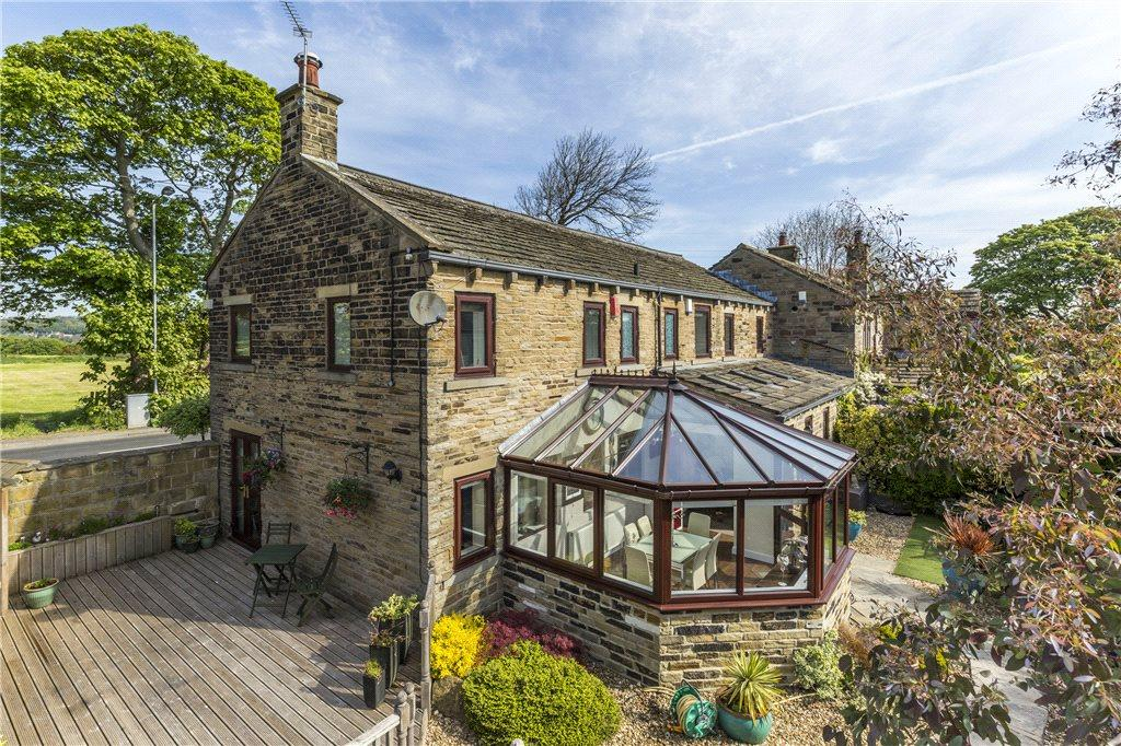 4 Bedrooms Unique Property for sale in Tong Lane, Bradford, West Yorkshire
