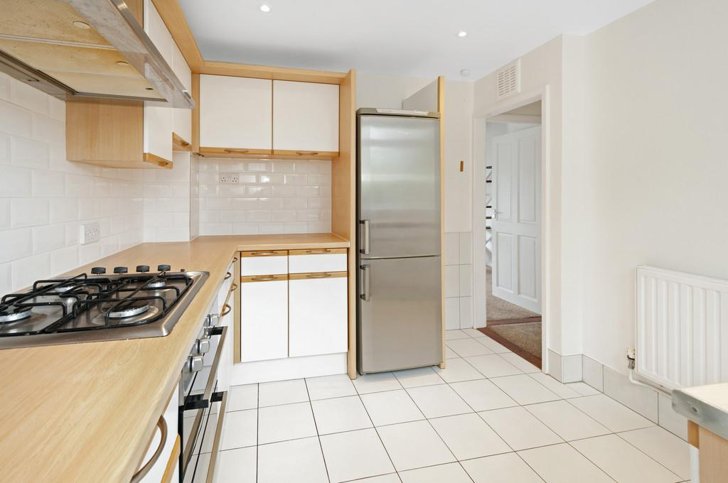 3 Bedrooms End Of Terrace House for sale in Sandown Road, West Malling