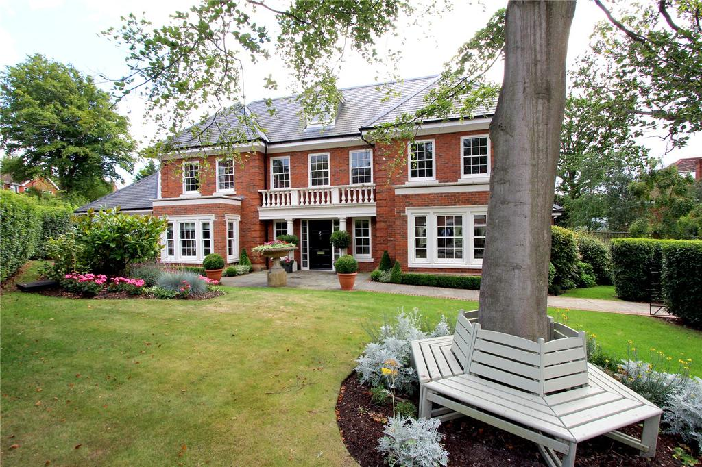 6 Bedrooms Detached House for sale in Oak Wood Place, Gerrards Cross, Buckinghamshire