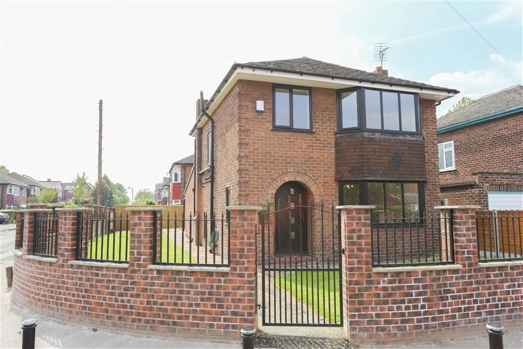 3 Bedrooms Detached House for sale in Gower Road, Heaton Chapel