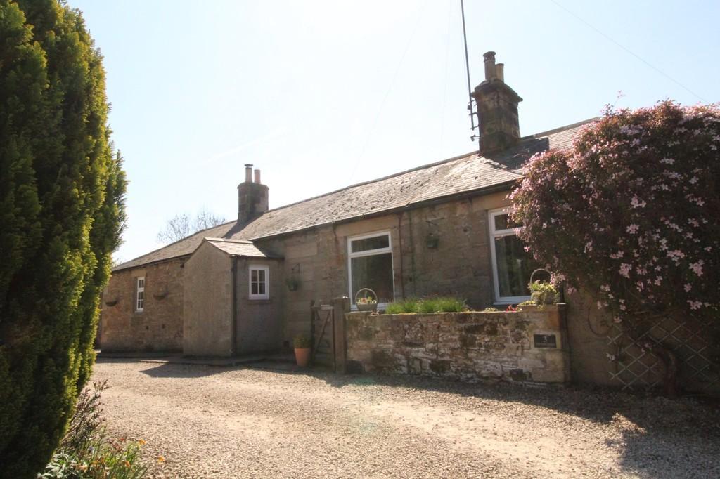 4 Bedrooms Semi Detached Bungalow for sale in Allerwash, Hexham