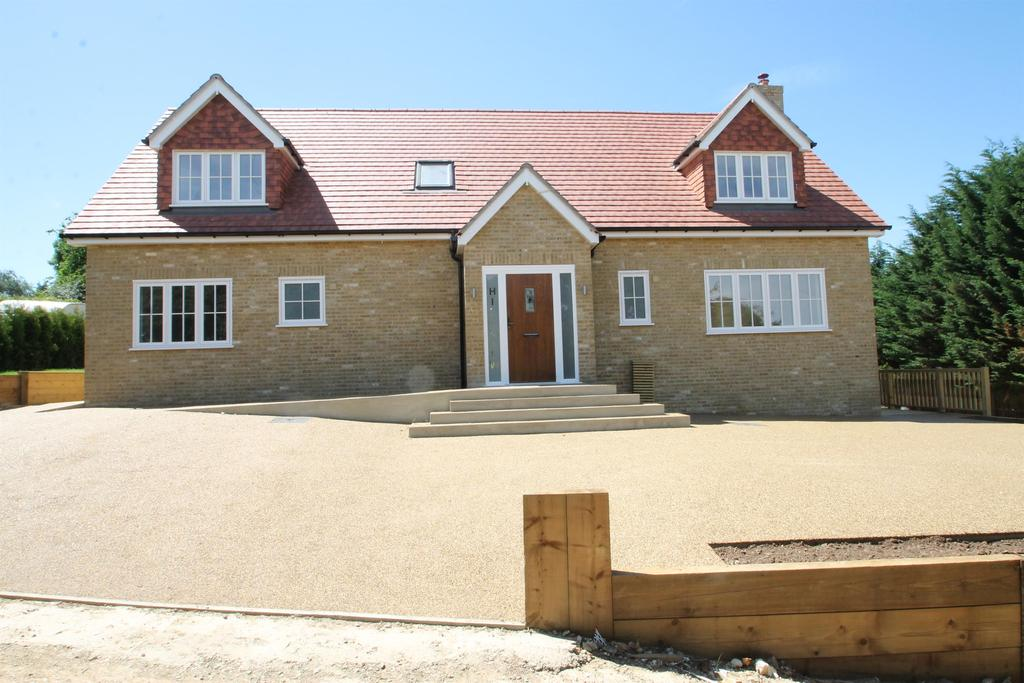 5 Bedrooms Detached House for sale in Hillview, Yelsted Road, Maidstone, Kent, ME9 7UU