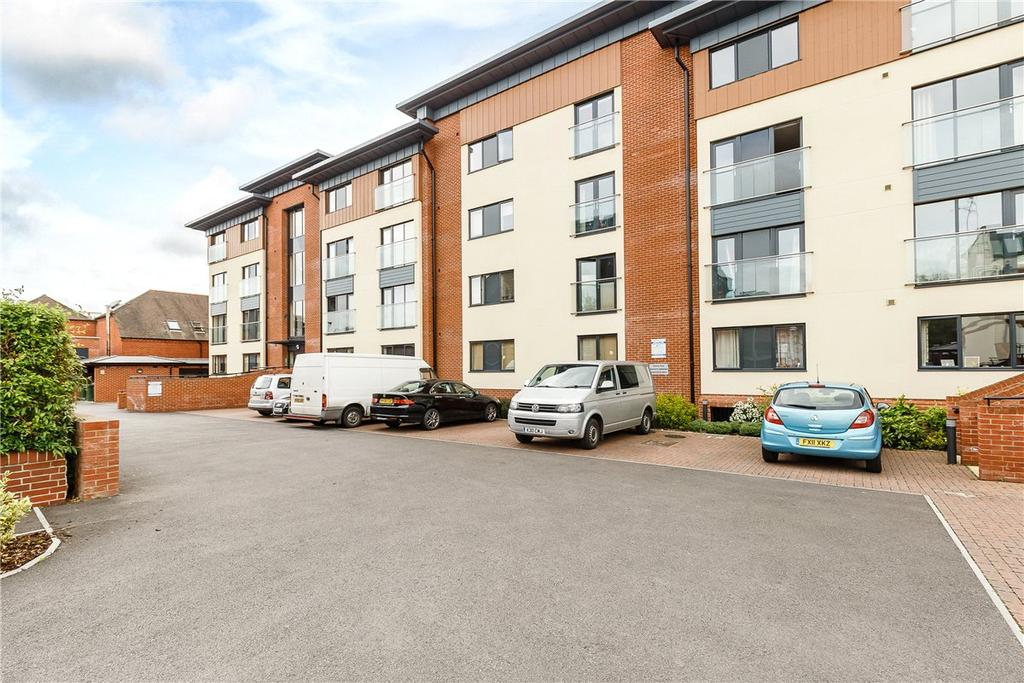 2 Bedrooms Apartment Flat for sale in West Street, Newbury, Berkshire, RG14