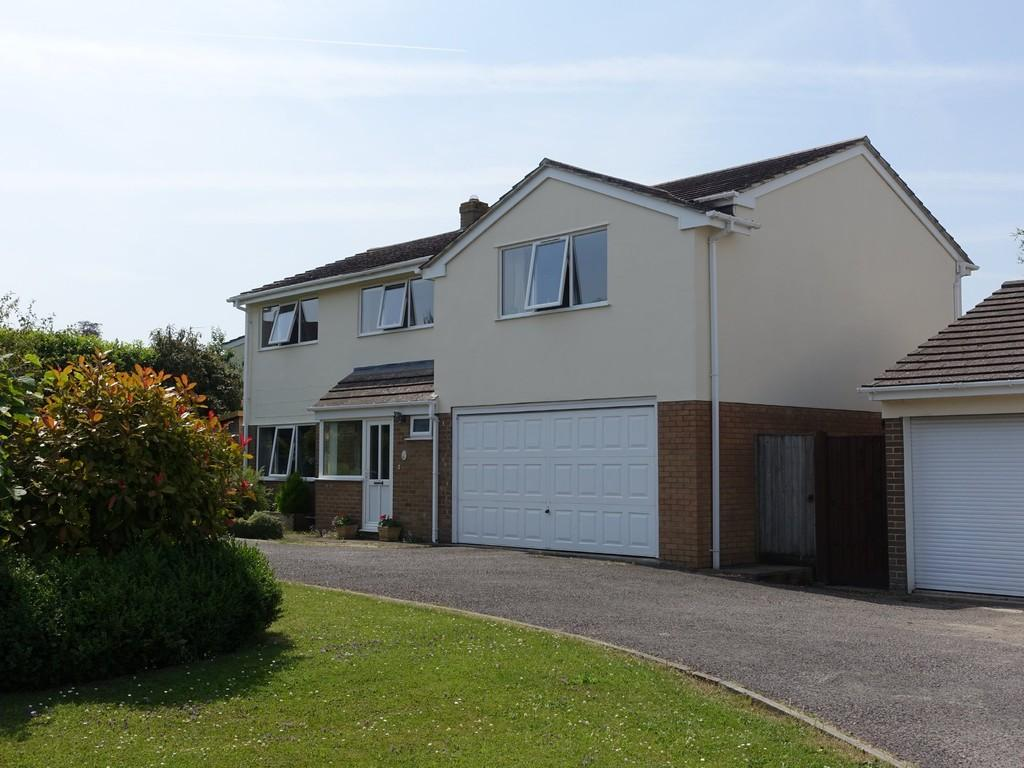 4 Bedrooms Detached House for sale in North Bradley, Trowbridge