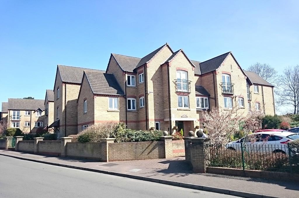 2 Bedrooms Apartment Flat for sale in Burwell Hill, Brackley