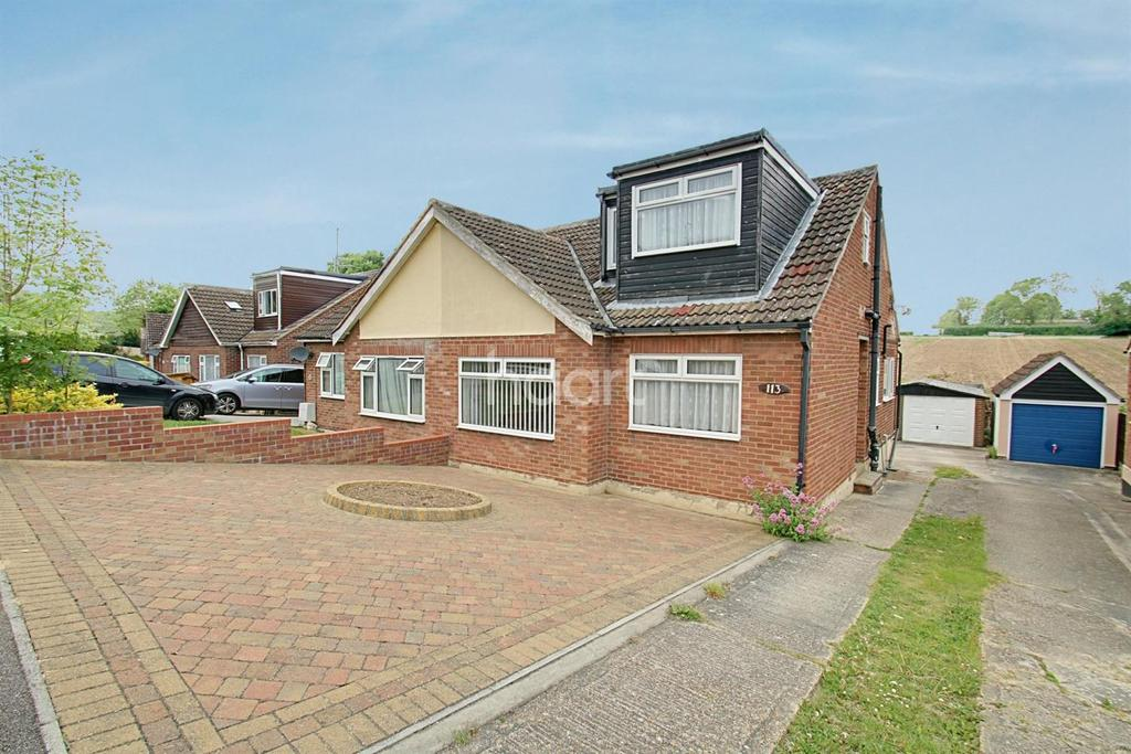 3 Bedrooms Bungalow for sale in Hillview Close, Rowhedge, CO5