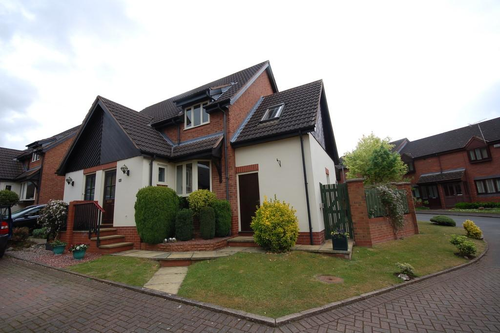 3 Bedrooms Semi Detached House for sale in Lower Hall Lane, Clutton, Chester