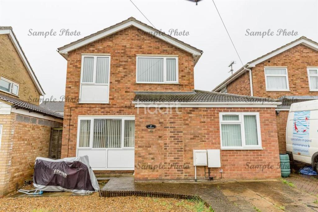 4 Bedrooms Detached House for sale in BARNWELL DRIVE RUSHDEN