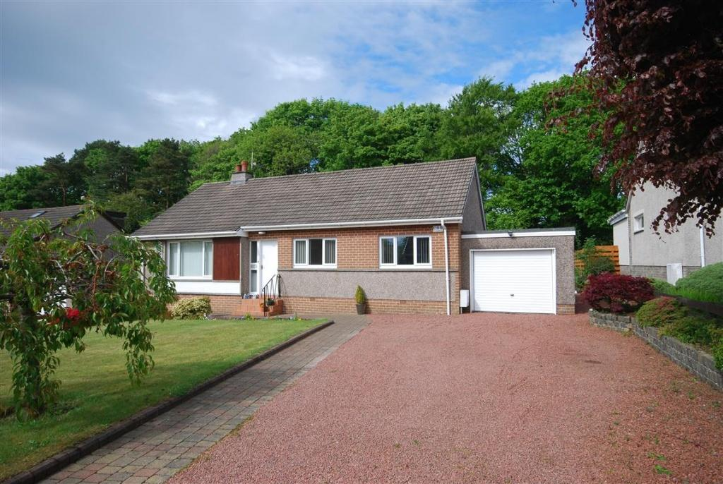 4 Bedrooms Detached Bungalow for sale in 7 Woodend Road, Alloway, KA7 4QP