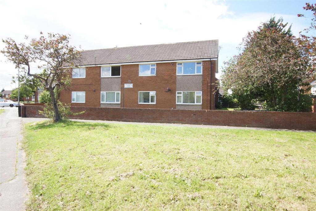 2 Bedrooms Apartment Flat for sale in Warkworth Court, Ellesmere Port CH65 9EN