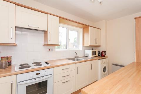 2 bedroom flat to rent - Girdlestone Close, Headington, Oxford
