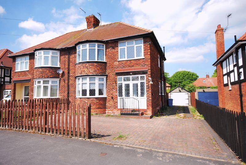 3 Bedrooms Semi Detached House for sale in Cartwright Lane, Beverley