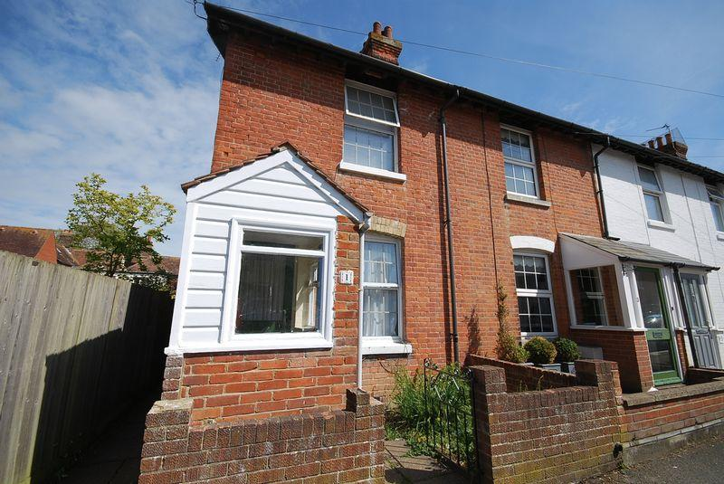 2 Bedrooms Terraced House for sale in Hythe
