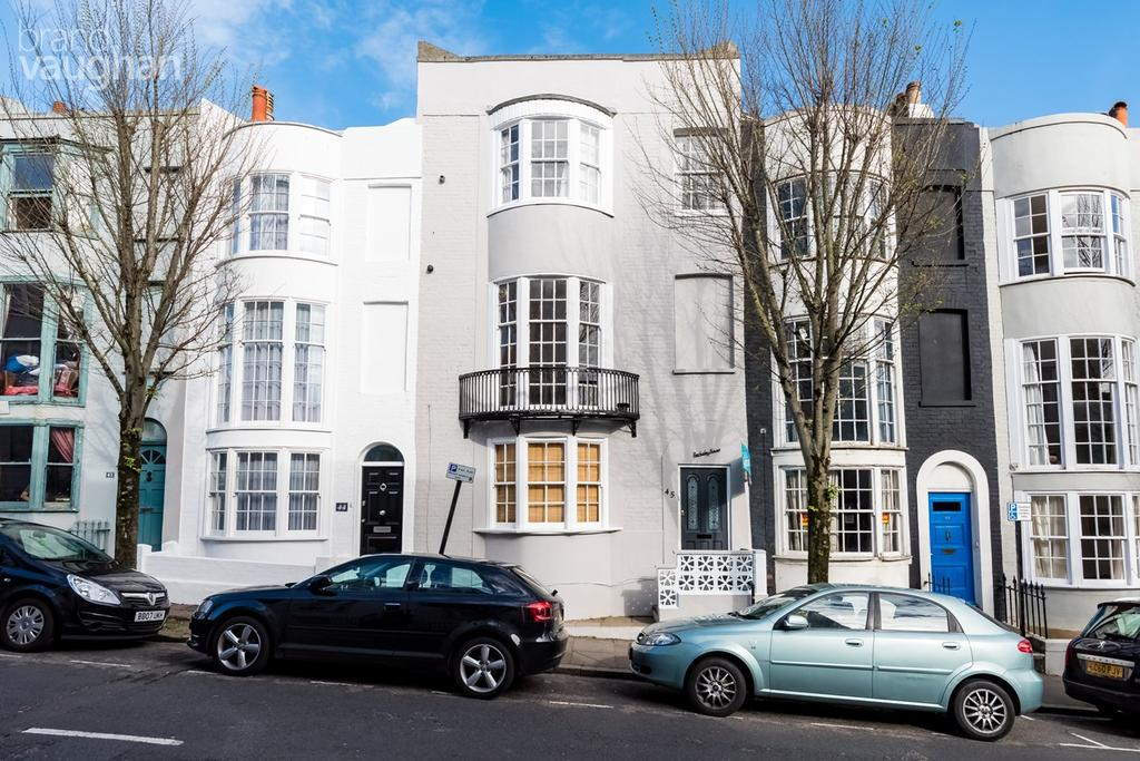 1 Bedroom Apartment Flat for sale in Egremont Place , Brighton , BN2